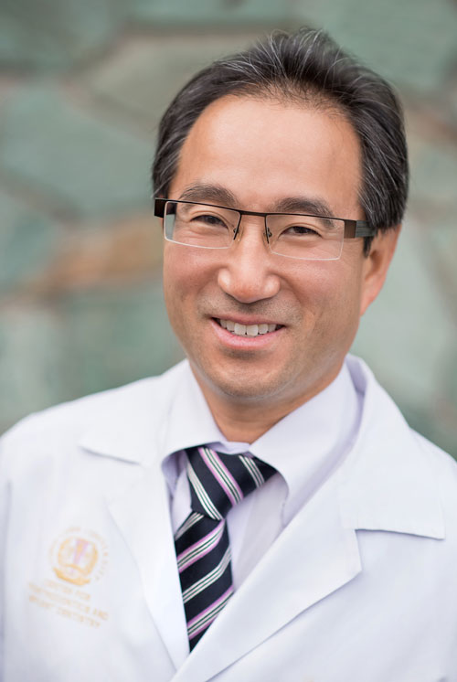 Dr. Shiotsu's passion for quality dentistry makes him one of the best dentists in the Mercer Island, WA area!